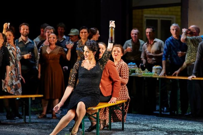 Sian Pendry as Lola and the Opera Australia Chorus in Opera Australia's production of Cavalleria Rusticana / Pagliacci.