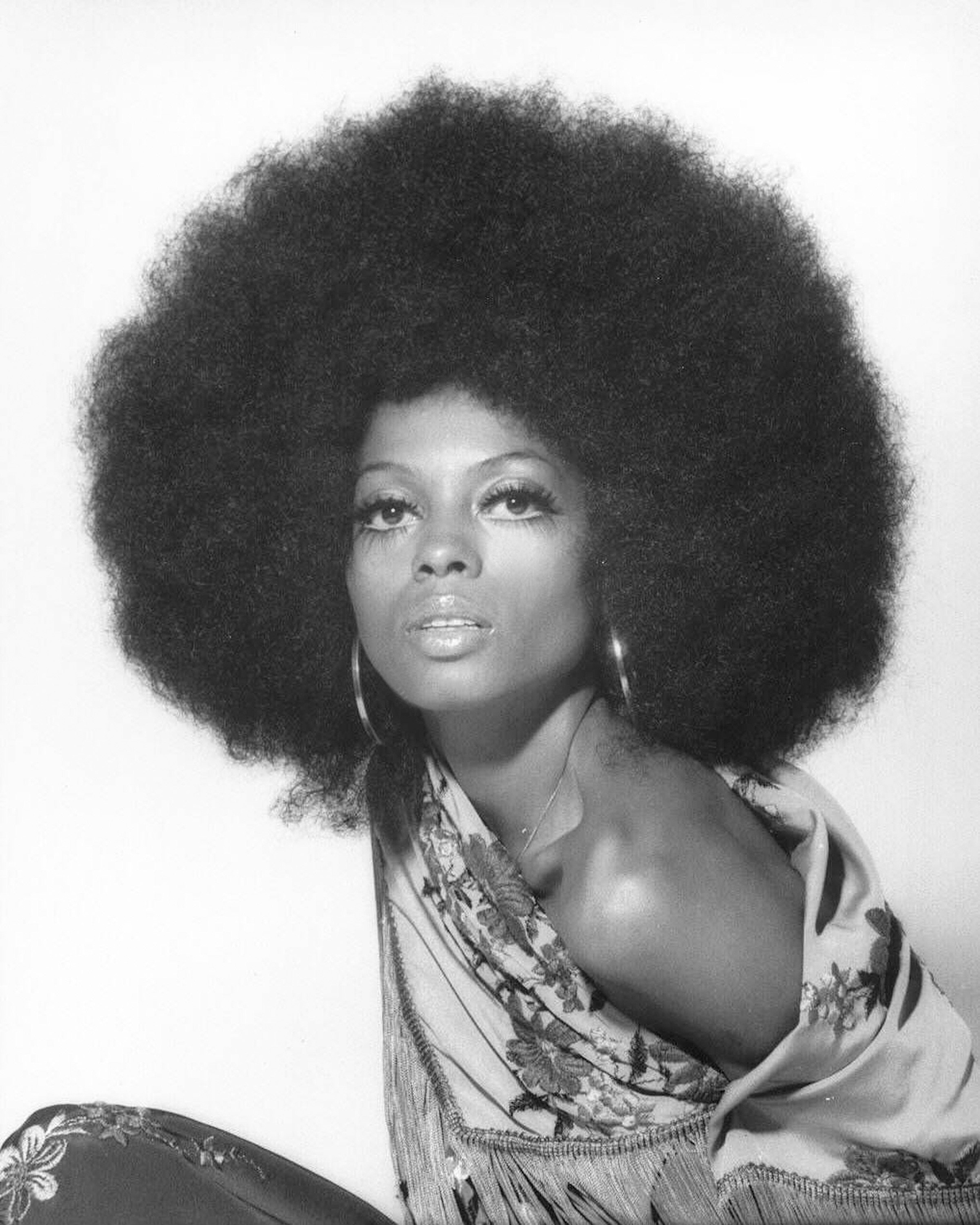 Singer Diana Ross poses for a portrait session on July 16, 1975 in Los Angeles. California