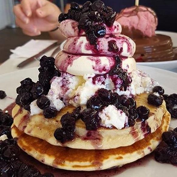 Tella Balls Dessert Bar Berry Pancake