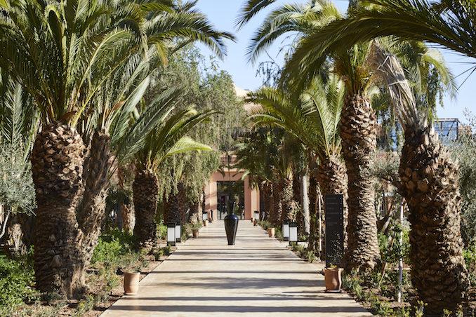 Movenpick Mansour Eddahbi Hotel Marrakech walkway