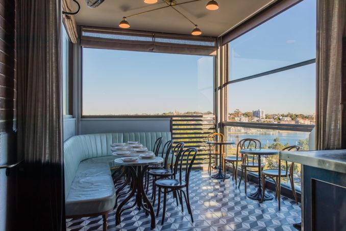 Henry Deane Hotel Palisade restaurant tables