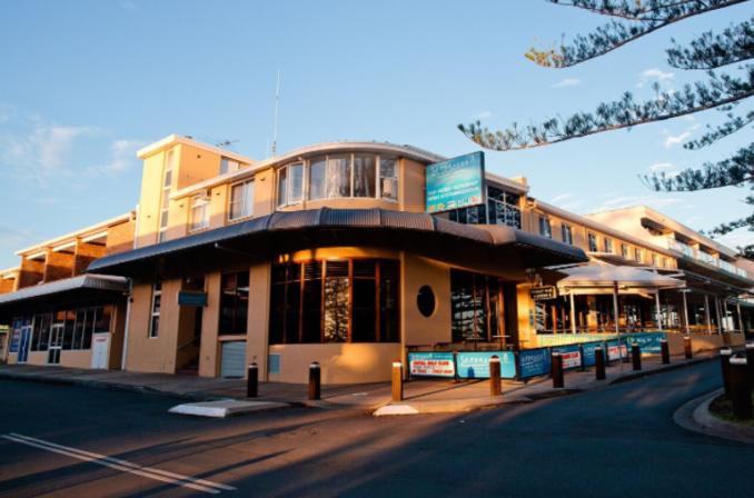Seabreeze Beach Hotel Sydney