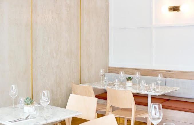 Seventeen cafe restaurant Walsh Bay Sydney dining room