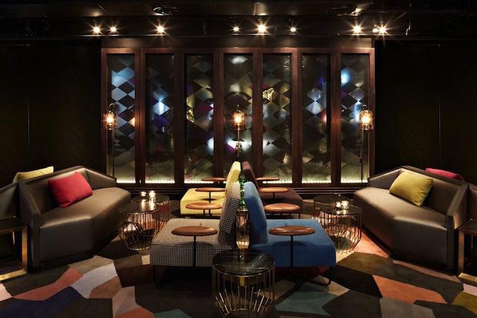 QT Hotel Sydney Gowings lounge