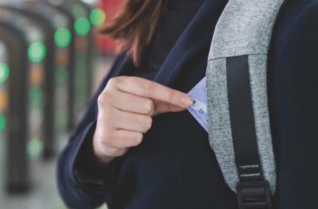 Bobby anti theft backpack XD Design card slot