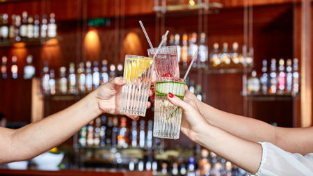 Four-Seasons-Grain-Bar-gin-tonic