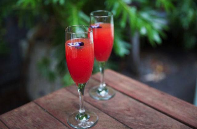 Absolut sparkle cocktail