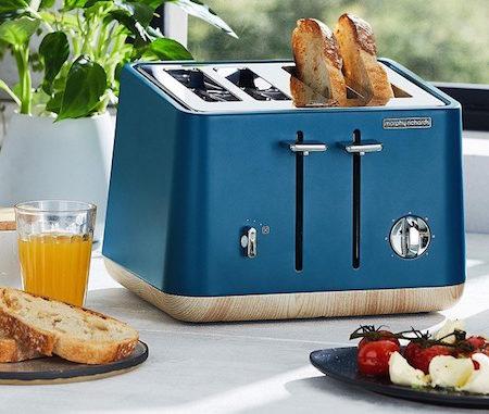 Morphy Richards deep blue toaster