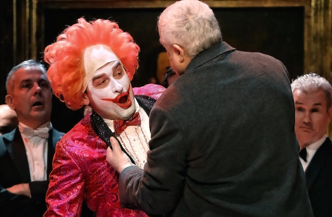 Opera Rigoletto clown