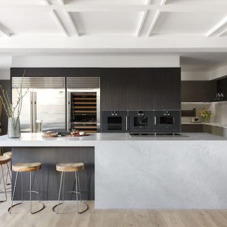 Block kitchen Gatwick 1