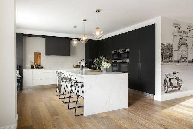 Block kitchen Gatwick 2