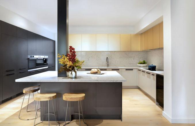 Block kitchen Gatwick 3