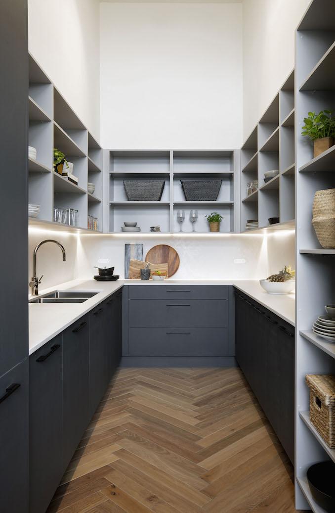 Block kitchen Gatwick 4