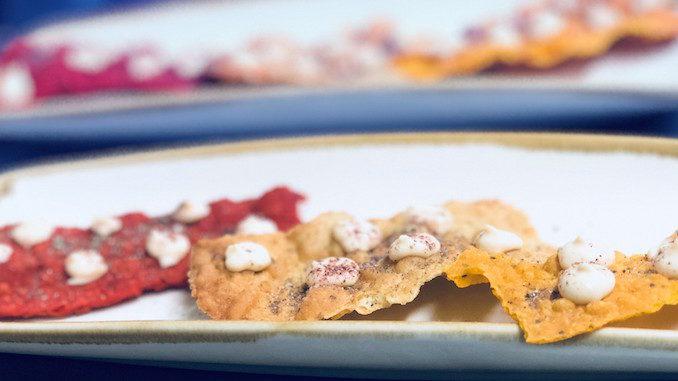 Hot pappadums smoked salmon mousse