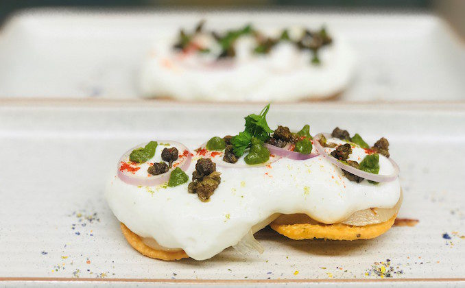 Scallop papdi with onion, capers and chilli