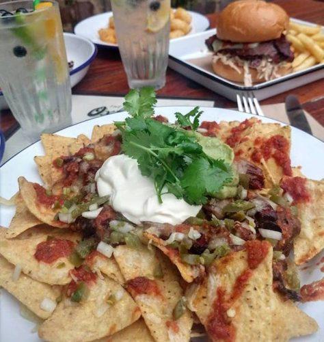 Oxford Tavern Petersham nachos