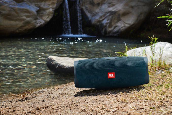 JBL Charge 4 speaker 4