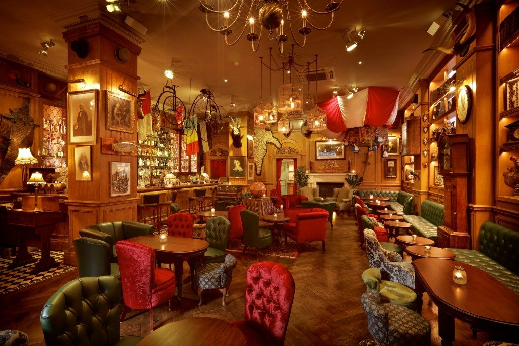 Mr-Foggs-Residence-London-bar-2