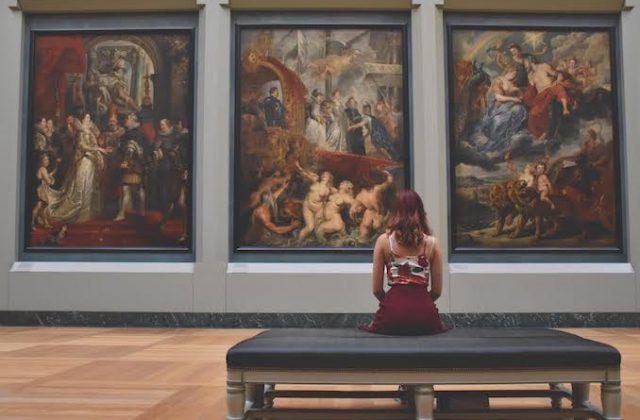 Woman art gallery