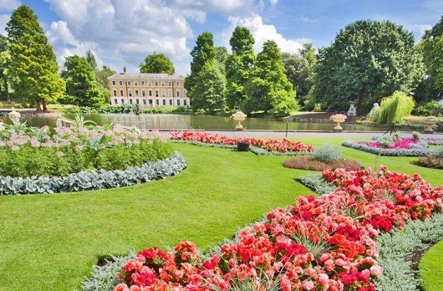 london-kew-gardens-gardens-and-lake