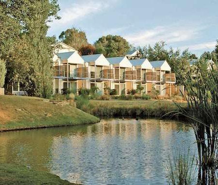 Daylesford-Lake-House
