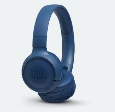 JBL-Tune-500BT-headphones